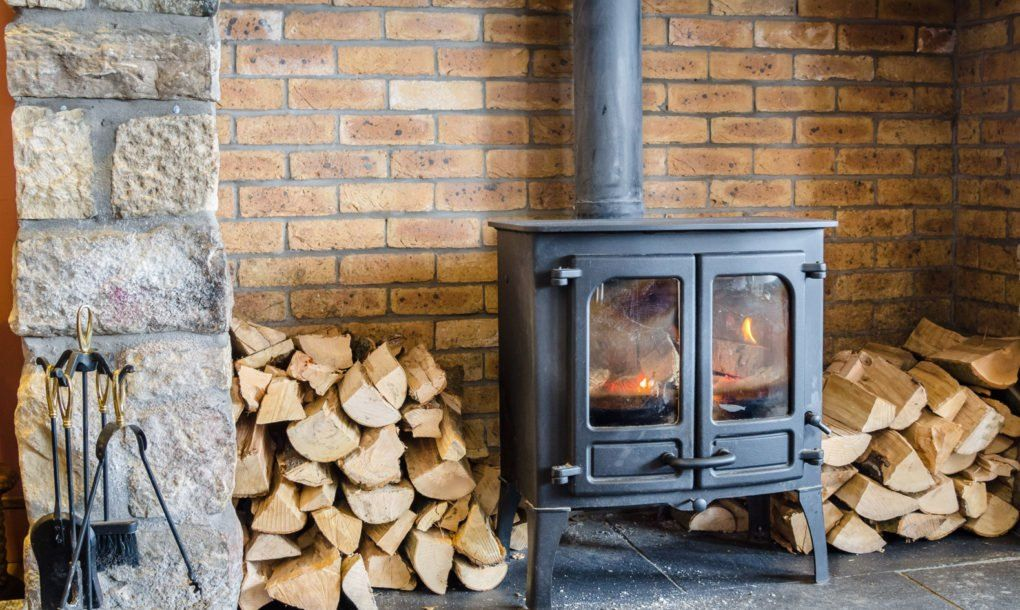 Save Money And Energy This Winter With These 7 Sustainable Home Heating Systems Home Heating Systems Slate Hearth Wood