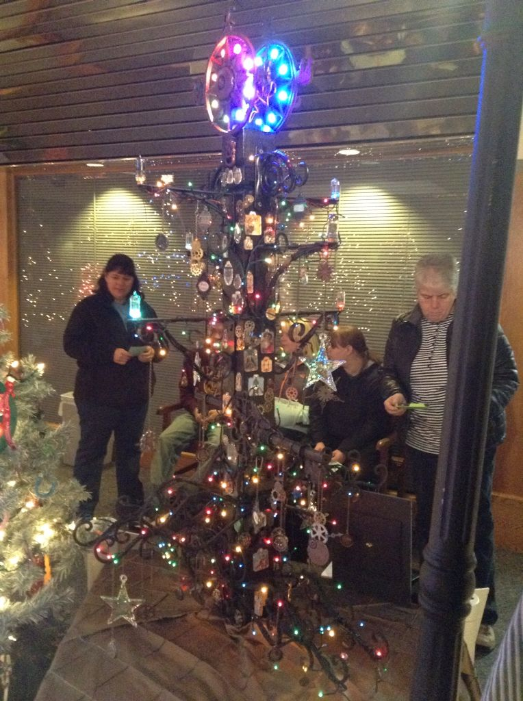 Steampunk Christmas Tree We made it for the Methuen, MA Festival of ...