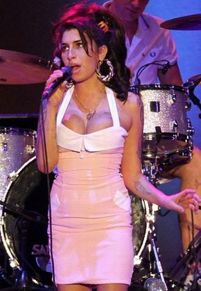 Las 101 mejores canciones de amor........Amy Winehouse: Back To Black