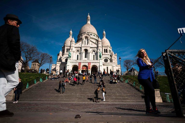 Tourism fell after assaults in January and November 2015, but statistics suggest France will maintain its status as the world's most-visited country.