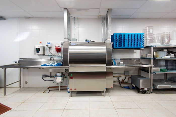 Commercial Kitchen Layout Dishwasher And Sinks Kitchen Layout