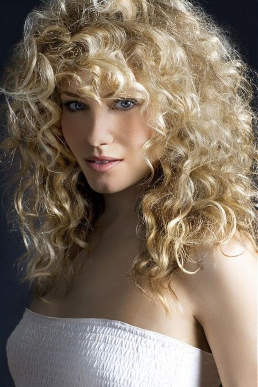 Hairstyle Of Indian Women   Curly hair styles naturally, Curly ...