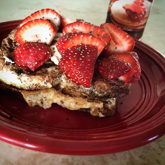 Protein French Toast stuffed with cinnamon egg whites and peanut butter! So delicious! And around 40g carbs, 30g protein (depending on amount of peanutbutter and chia seed used) and 14g fat (again depending on amount of chia and peanutbutter) Here's how: add cinnamon and stevia to 4 egg whites and use a fork or whisk to scramble! Then dip 2 pieces of your favorite #ezekielbread into it! I used the cinnamon raisin, - See more at: http://iconosquare.com/viewer.php#/myLikes/list