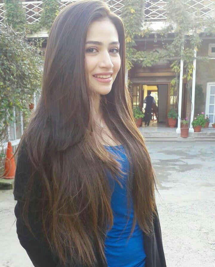 Pakistani Actress Hairstyles: Pin By Angel Shahzadi On Pakistani Actress