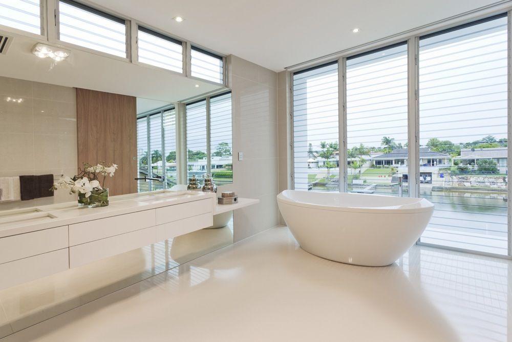 Moderne Witte Badkamer : Witte gietvloer in de badkamer gietvloer