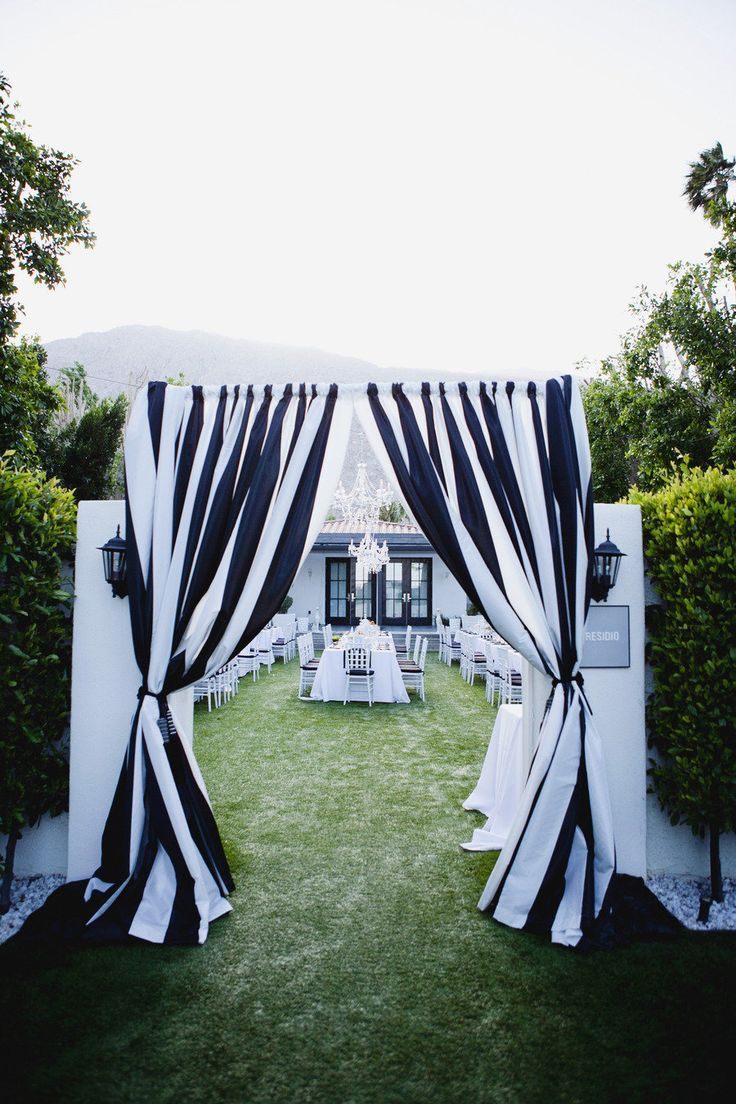 Photo Christine Arnold Photography Color Inspiration Modern Black On White Wedding Ideas Reception Idea