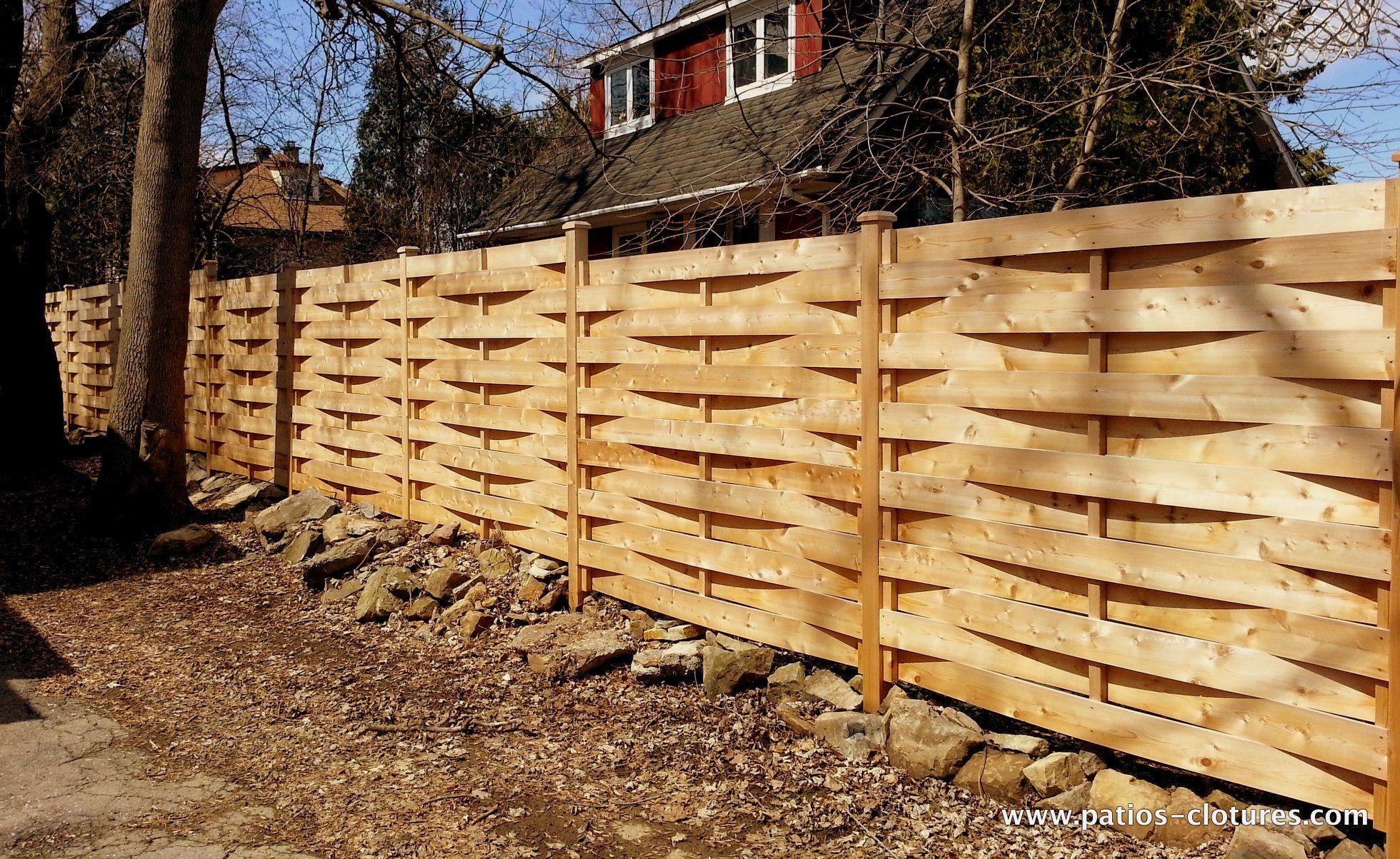 Le mod le de cl ture en bois tress une durabilit for Modele de cloture