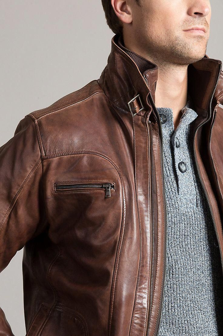 An iconic, allseason bomber. Our Memphis lambskin leather
