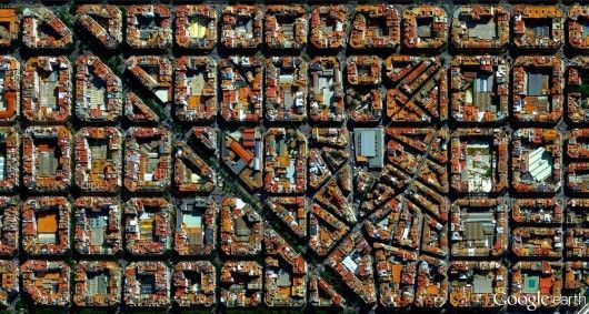 L'Eixample district in Valencia, Spain. Image Courtesy of DigitalGlobe