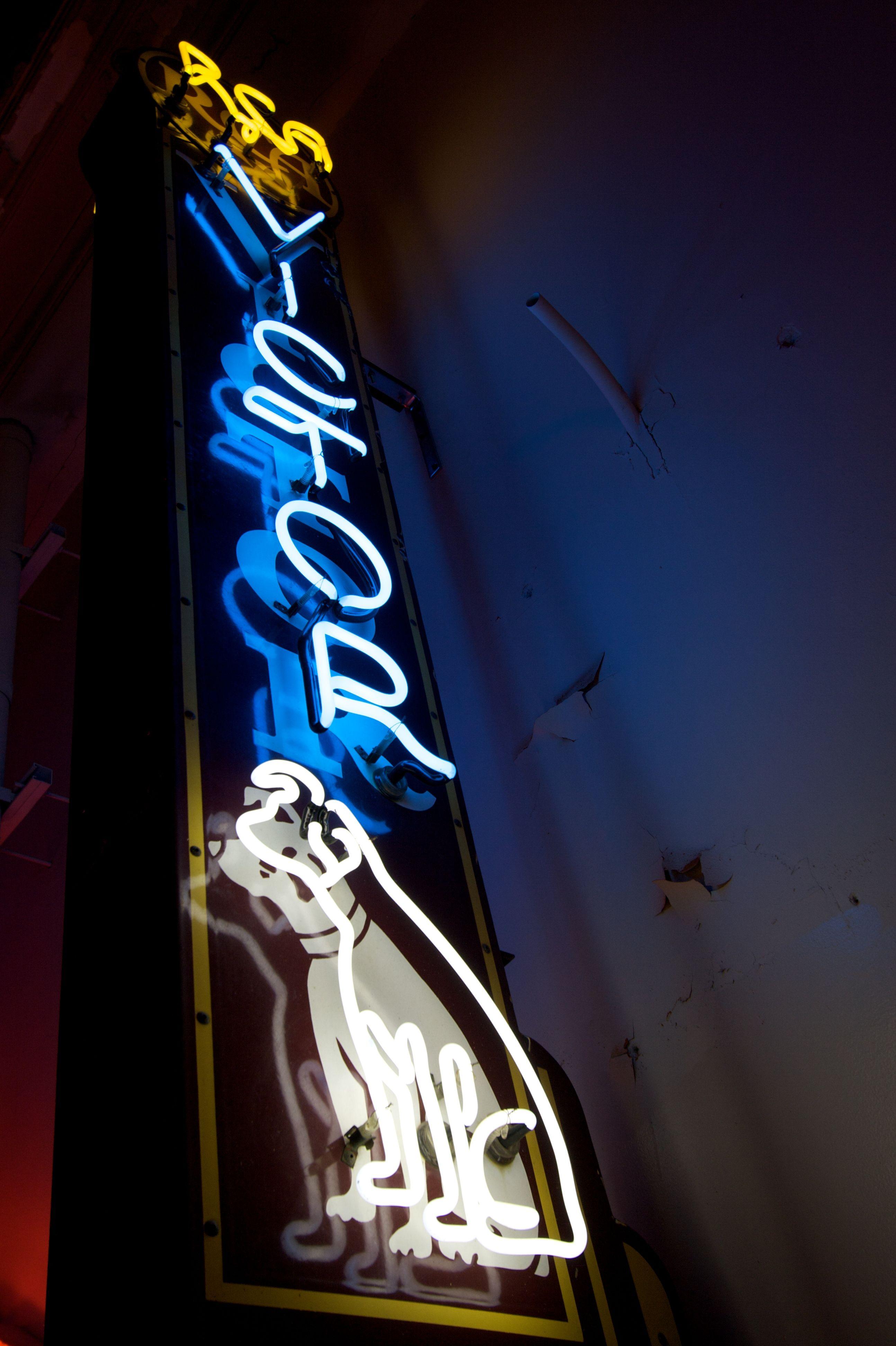 Vintage Rca Victor Sign Vintage Neon Signs Neon Signs Neon