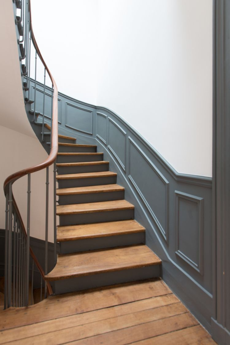 Hagueblue Farrowandball Escalier Haussmannien Garesconception Decoration Architecture Reno Escaliers Maison Escalier Relooking Renovation Escalier Bois