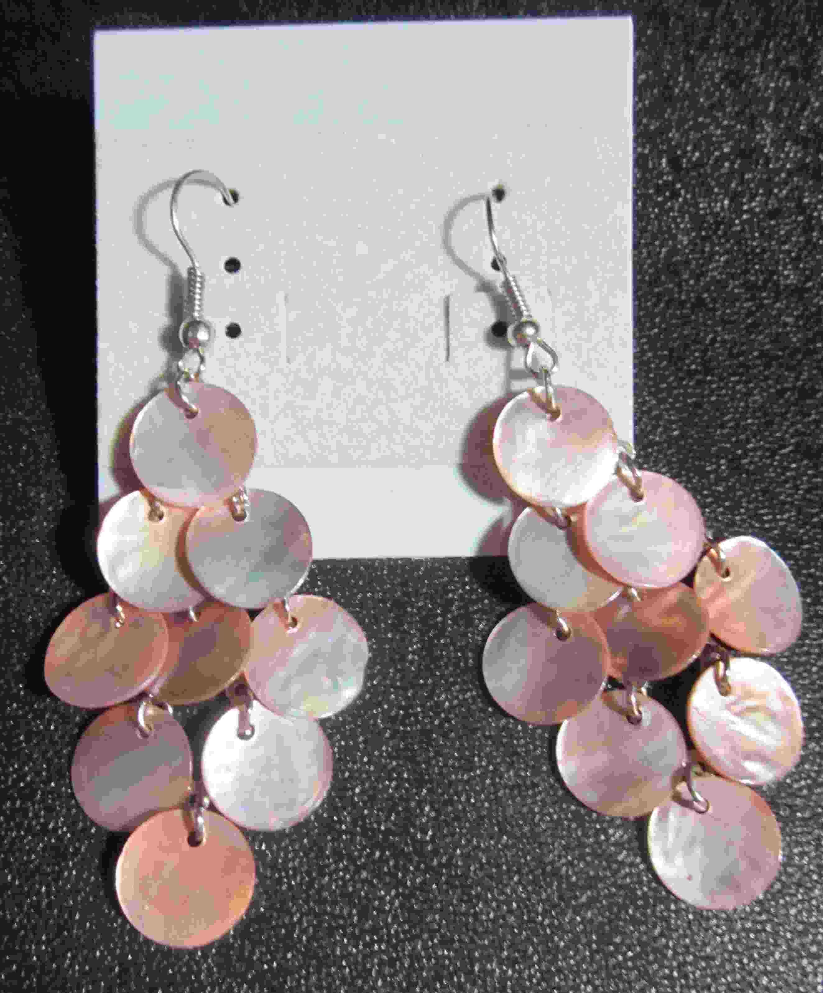 Pink shell earrings  10.00$