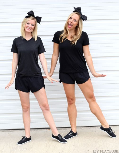 38 Best Friend Halloween Costumes for Double the Toil and Trouble#costumes #double #friend #halloween #toil #trouble