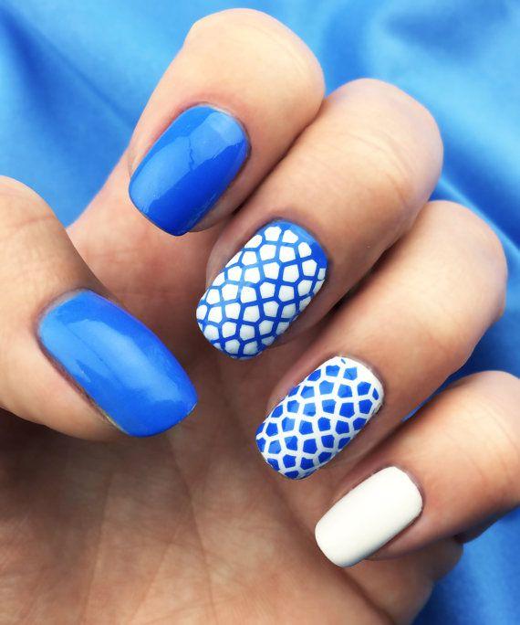 Turtle design Nail Art Stencils - incredible nail art vinyls by ...