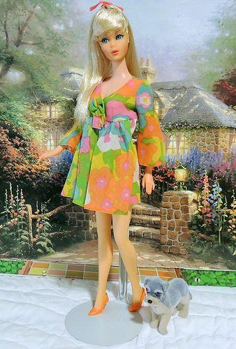 1967 Vintage Mod TNT Platinum Blonde Barbie in Flower Wower Mini Dress ...