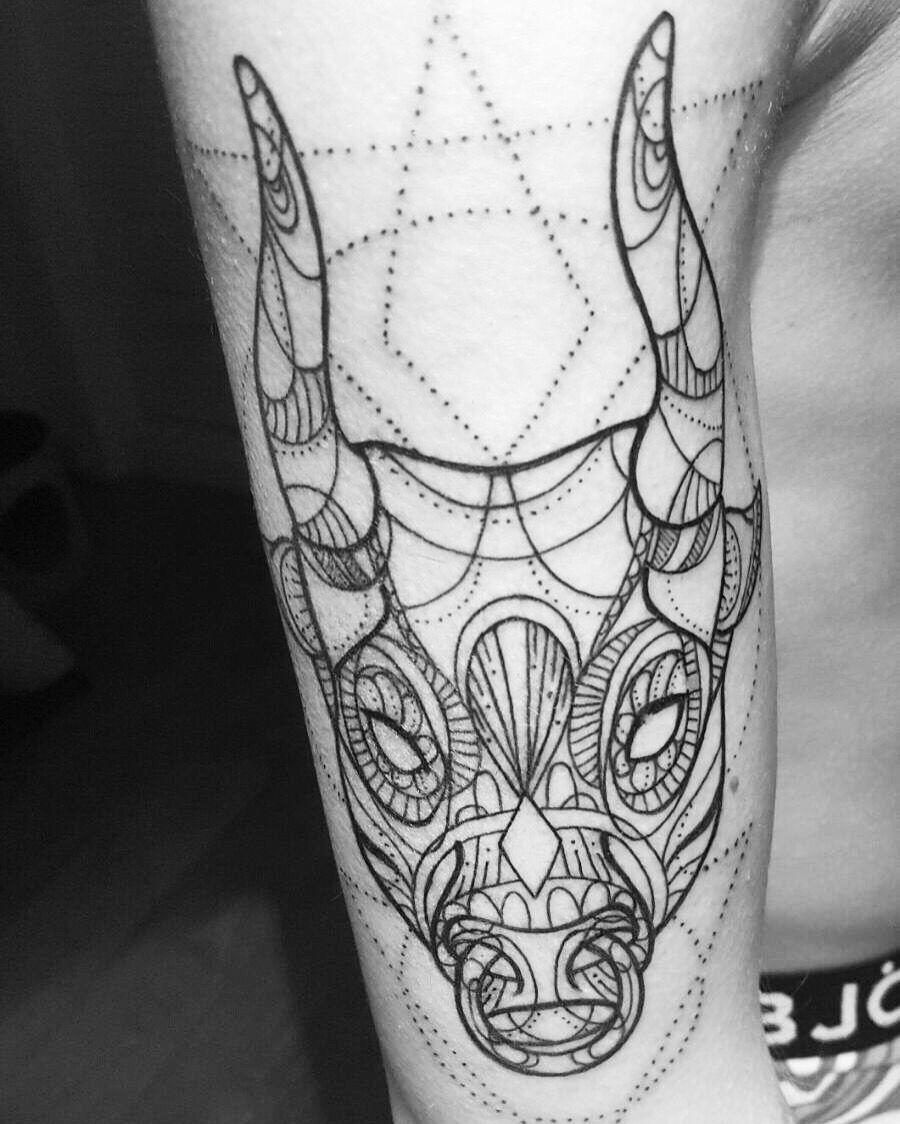 30+ Best Taurus Tattoo design ideas - Hike n Dip