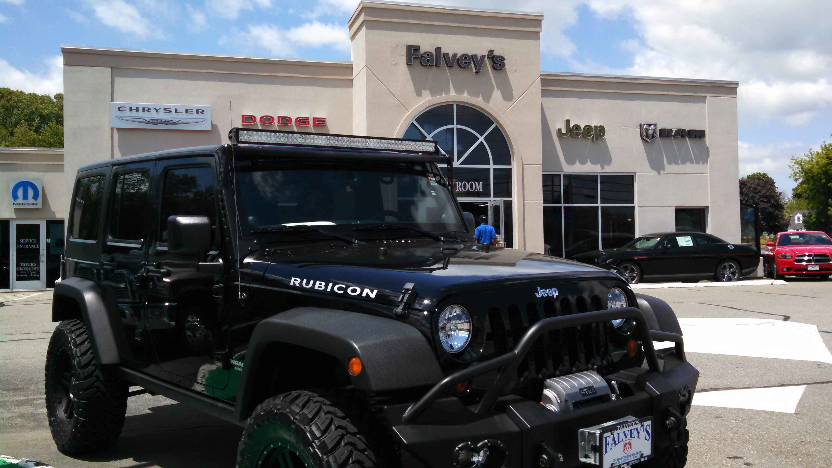 2013 Jeep Wrangler Rubicon Only 10k Miles With Over 10 000 In