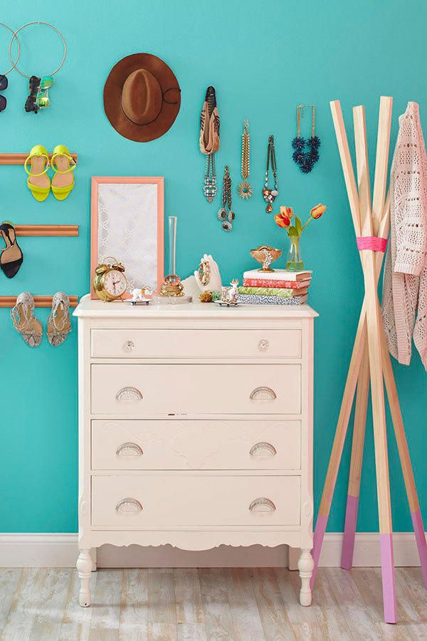 Limited space or short on funds, but still want your space to look super chic? We've got you covered with these bedroom organization DIY projects. We're all about displaying our most prized possessions in the open to show them off. Try these bedroom organization ideas for a pretty boudoir. Staying organized has never looked so good.