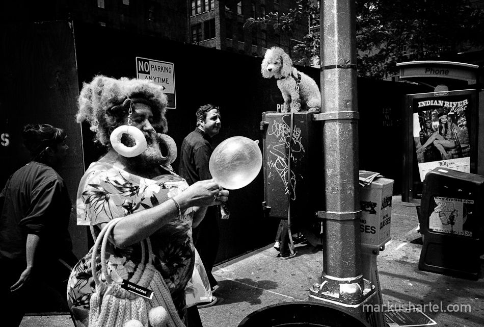 Fine art black and white street photography by markus hartel new york mostly shot using rangefinder cameras leica leica leica
