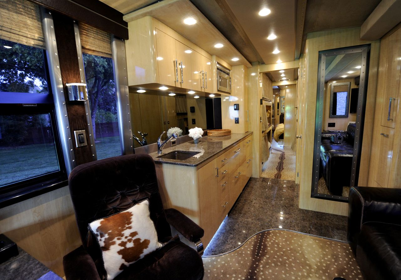 Ronnie Dunn's of Brooks & Dunn Tour Bus. See more celebrity motor homes here >> http://www.greatamericancountry.com/shows/celebrity-motor-homes?soc=pinterest