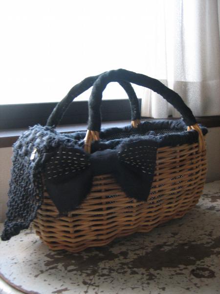 PERNODmignon 『 amu 』 時の流れを感じることのできるモノづくりをテーマにした『amu』シリーズより、手編みのかごバッグのご紹介です。 紅籐と...|ハンドメイド、手作り、手仕事品の通販・販売・購入ならCreema。