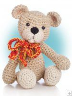 Reminds me of the bears I made the girls when they were little. Still looking for that pattern: Biscuit and Brandy Bear. Animal Amigurumi to Crochet