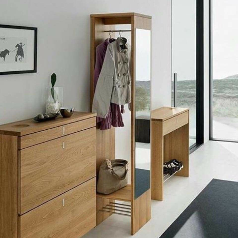 Luxury hallway furniture  Pin by Claudia Honda on Idéias para casa  decoração  Pinterest