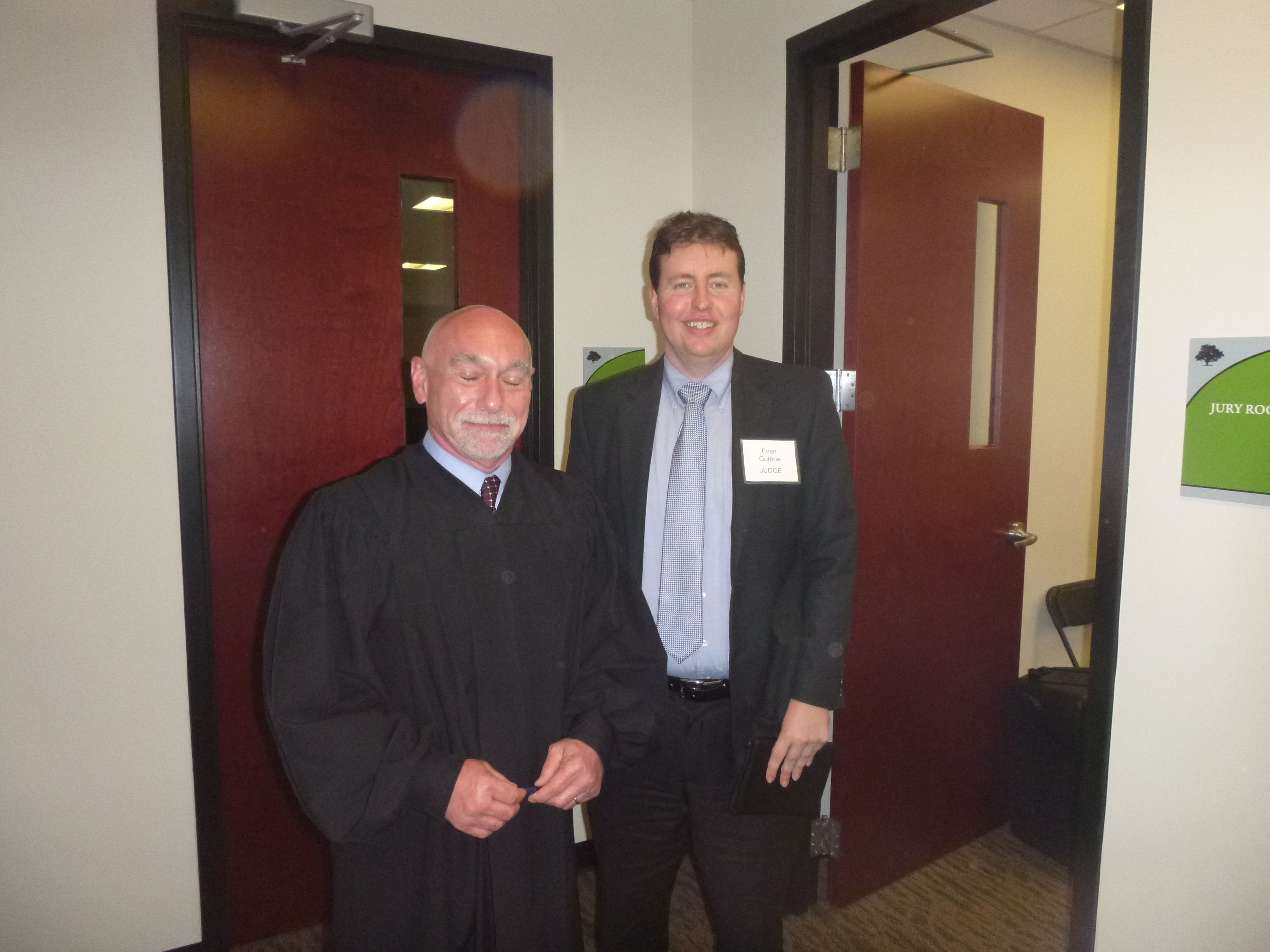 Lawyer Evan Guthrie With Judge Jack Landis Of 9th Circuit Family Court At The South Carolina Bar High School Mock Trial Lowcountr Guthrie New Law Family Court