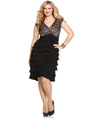 Lace tiered dress plus size