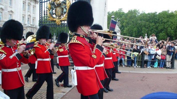 Cambio de Guardia Londres fechas 2017 Cambio de la Guardia Buckingham Windsor