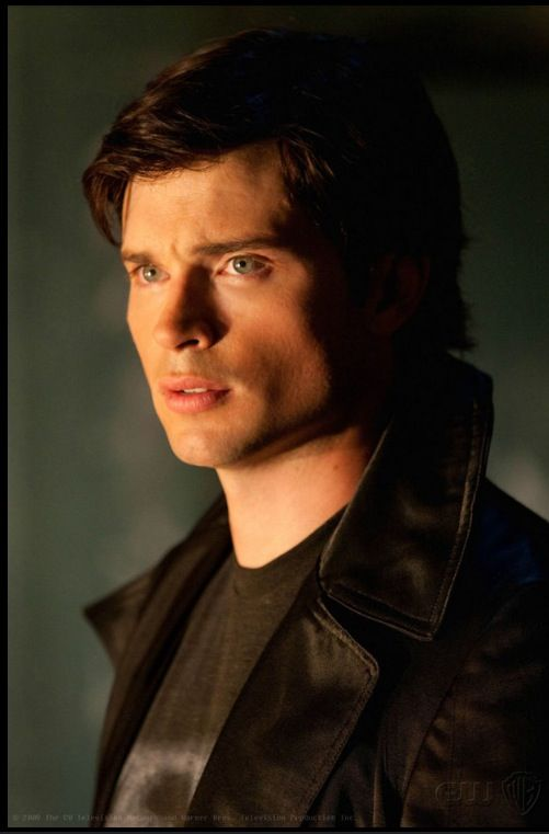 The Handsome Clark Kent Smallville I Loved This Program Please