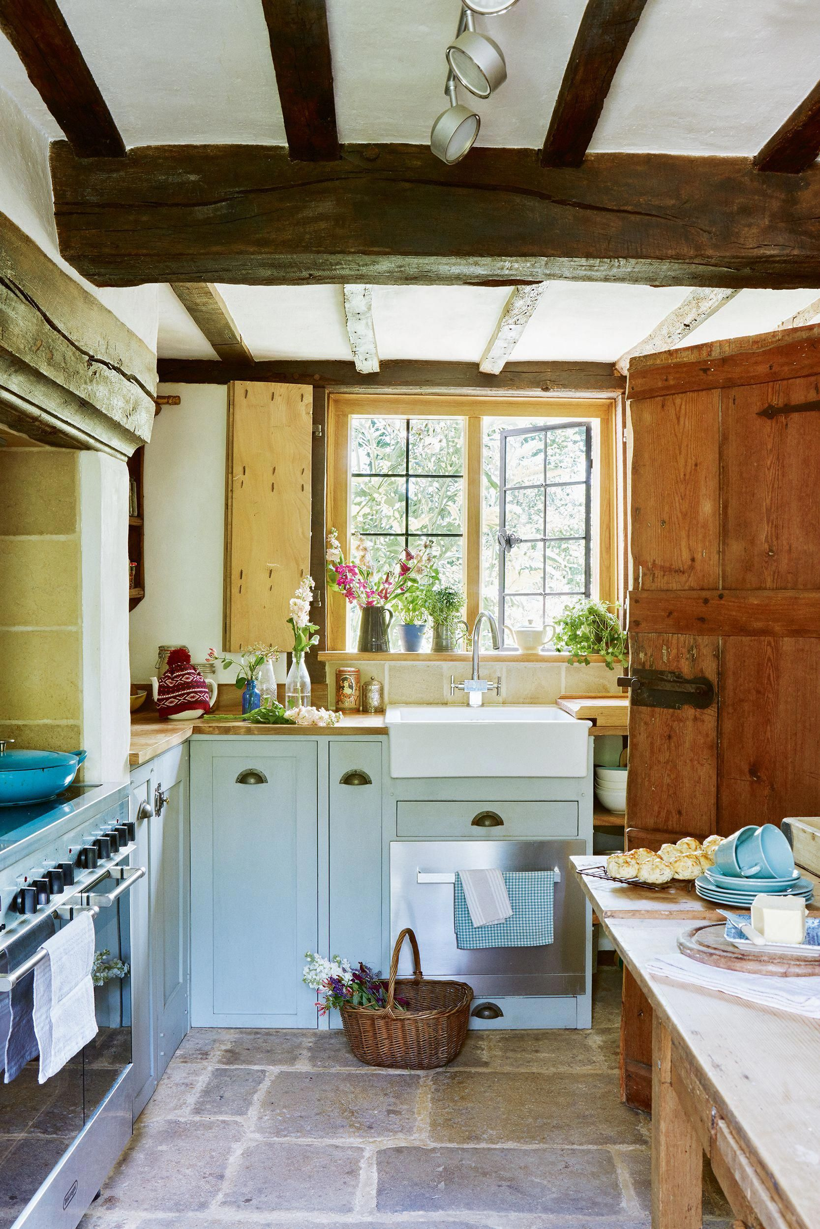 How To Decorate Your Home Using The Country Home