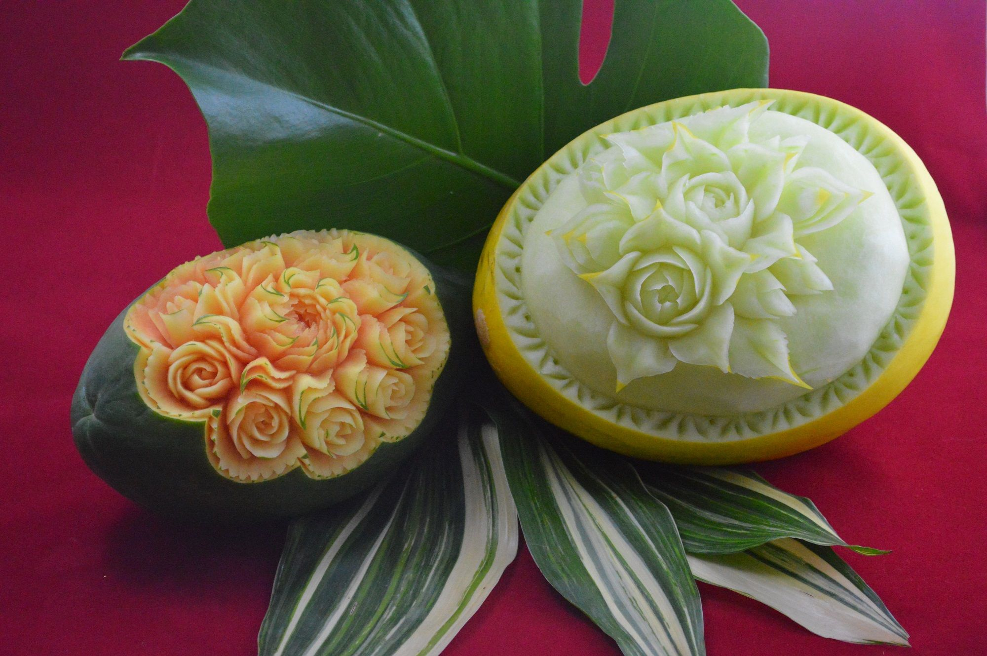 Melon u papaya fruit carvings pinterest fruit carvings and food