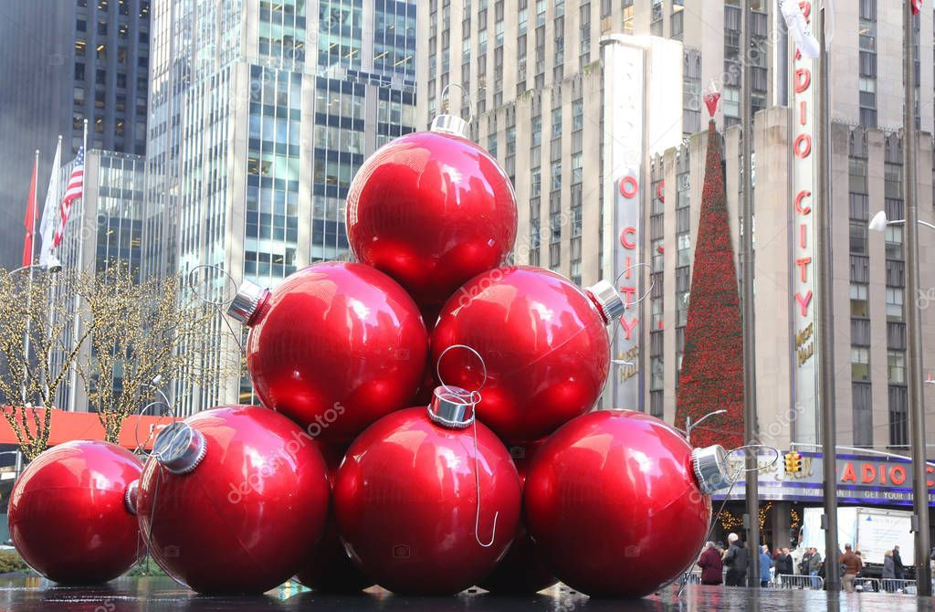 New York November 2018 Christmas Decorations New York City Landmark Royalty Free Ad Christmas York In 2020 New York Christmas Christmas Decorations Christmas