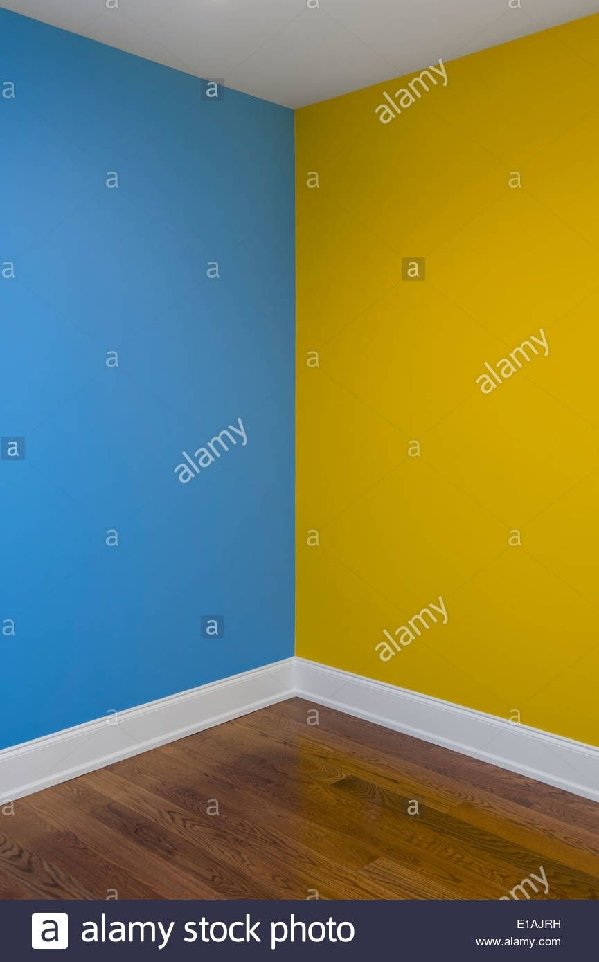 Luxury Lovely Painting Walls Two Different Colors Cn00je Https Canadagoosesvip Top Lovely Painting Wa Best Wall Paint Exterior Gray Paint Unique Paint Colors