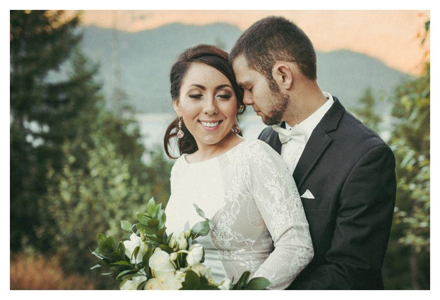 #AshleyDellingerPhotography #MountainWedding #LakeKachess #KachessRidgeResort #JohnLovesJuneRentals