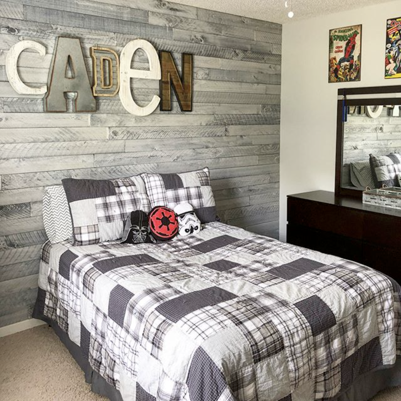 Nantucket Bedroom Design Ideas: Nantucket Gray Wall Boards Accent Wall In Boy's Bedroom By