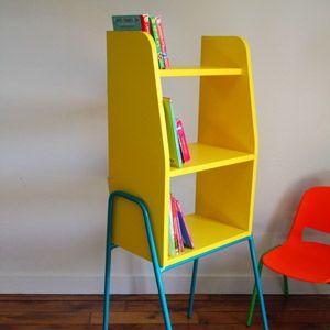 Bibliotheque Pour Enfant En Bois Et Metal Kiosk 2 Coloris Fabrication Francais Decoclico Meuble Enfant Bibliotheque Enfant Chaise Enfant