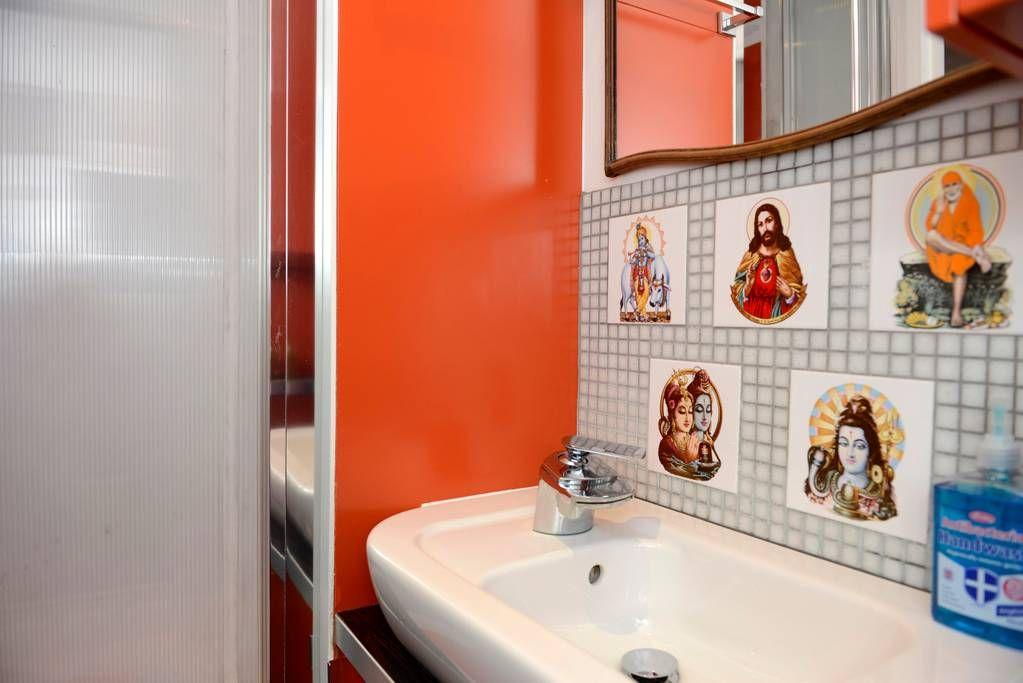 Snug Warehouse Studio Apartments For Rent In London
