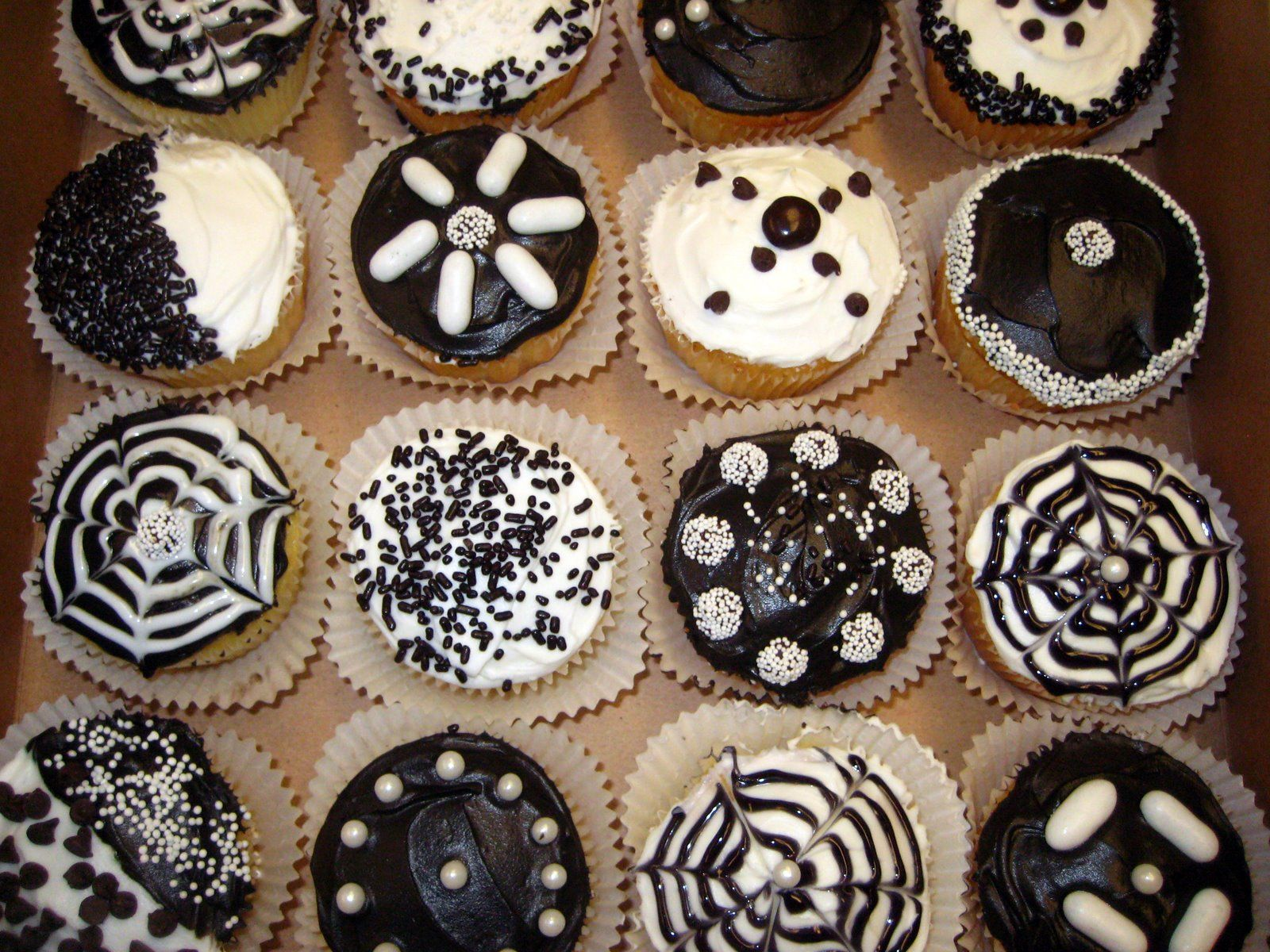 living at home: more cupcakes