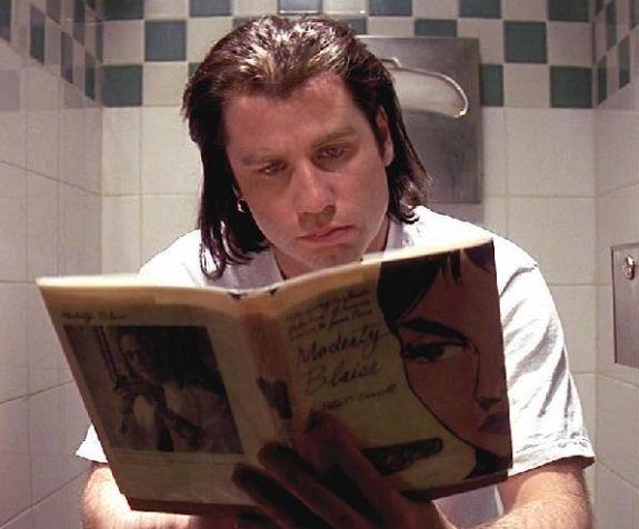 John Travolta reading | Blockbusters | Los 100 mejores