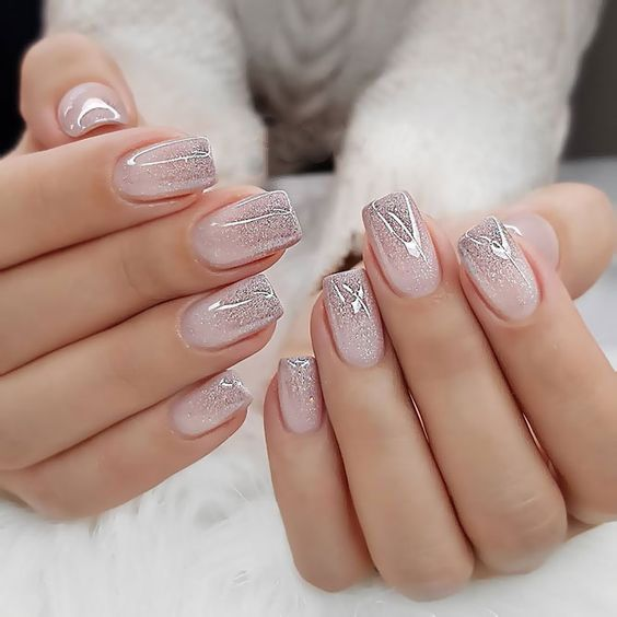49 Creative And Exquisite Glitter Nail Art Ideas Page 23 Of 49 With Images Almond Acrylic Nails Trendy Nails Short Acrylic Nails
