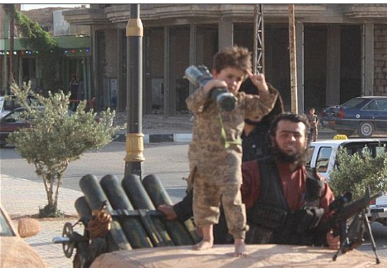 ISIS kidnaps 500 Iraqi children to use as suicide bombers and child soldiers. Evil islam. (Screen Shot 2015-06-02 at 11.20.40 AM)