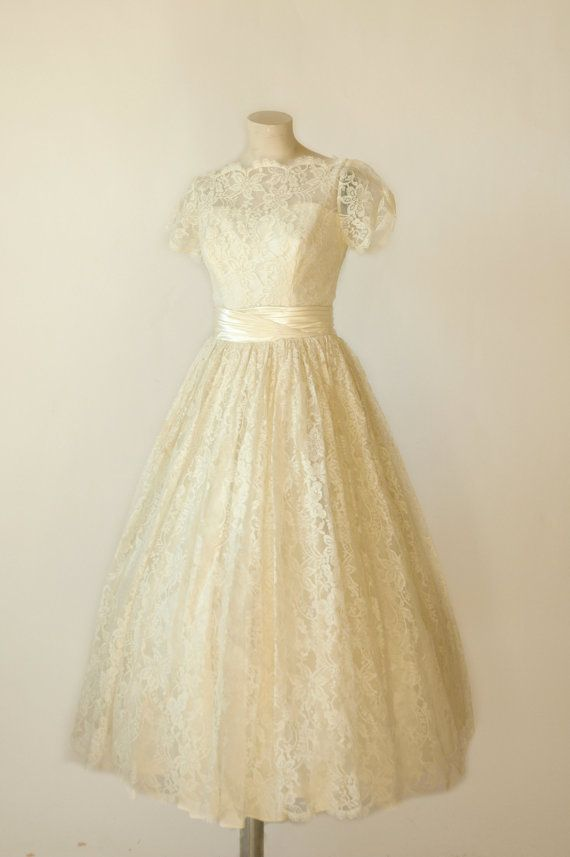 vintage wedding dress 1950s Tea Length Lace Wedding Dress | Vintage ...