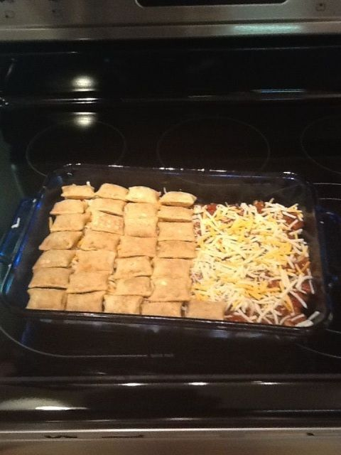 Pizza Roll Chili Cheese Casserole In 2019 Pizza Rolls Gross Food Totinos Pizza Rolls