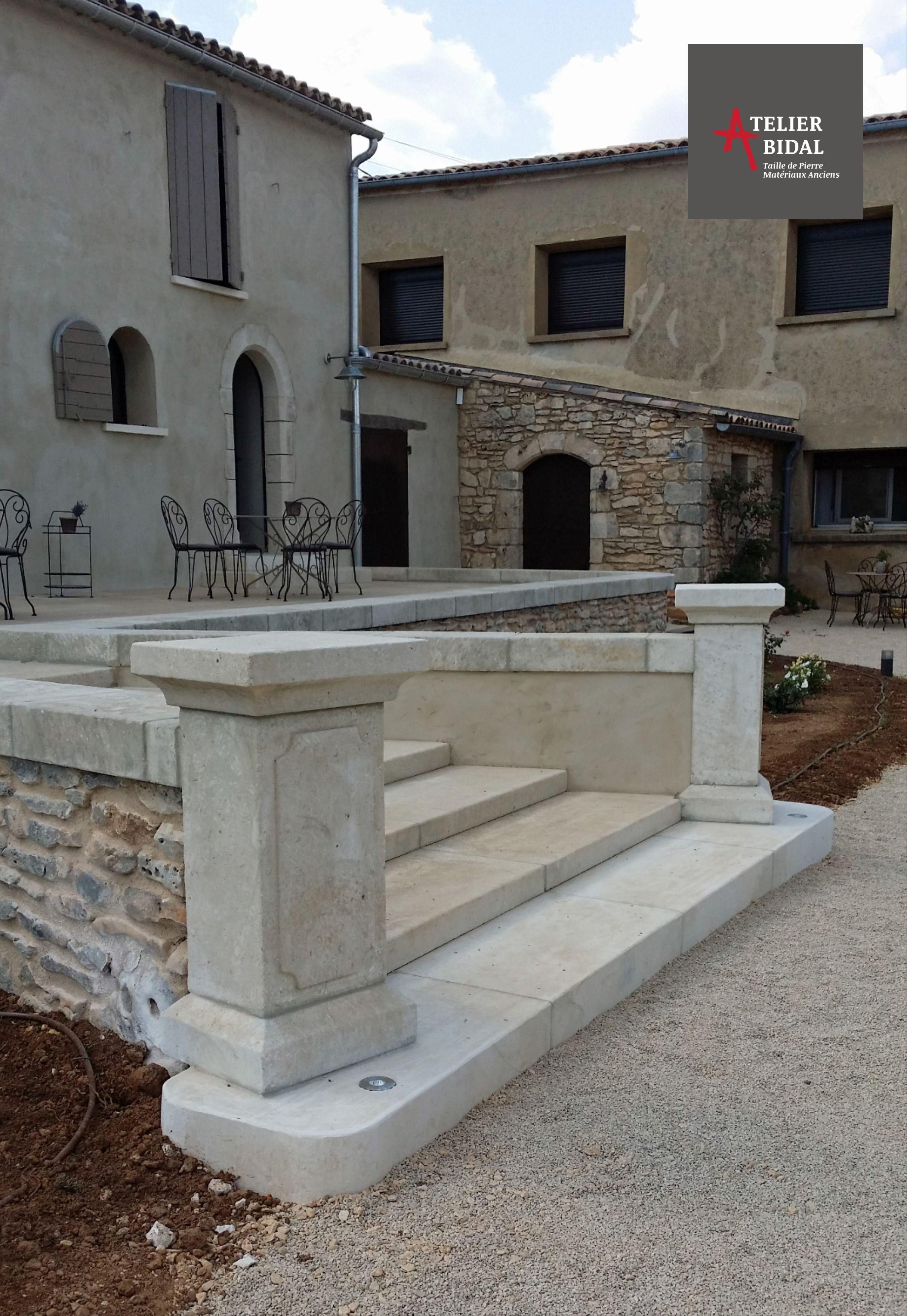 Escalier Et Balustrade En Pierre De Fabrication Artisanale Atelier Alain Bidal Tailleur De Pierre Escalier En Pierre Escalier Parement Pierre Exterieur