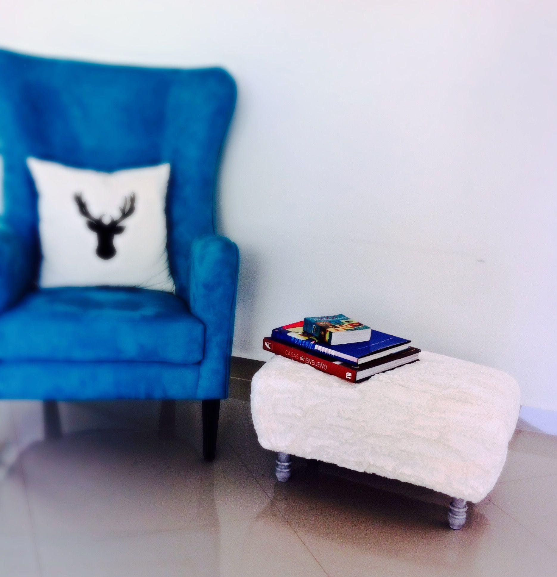 otomana #ottoman #turquesa #turquoise #sillón #respaldo #alto ...