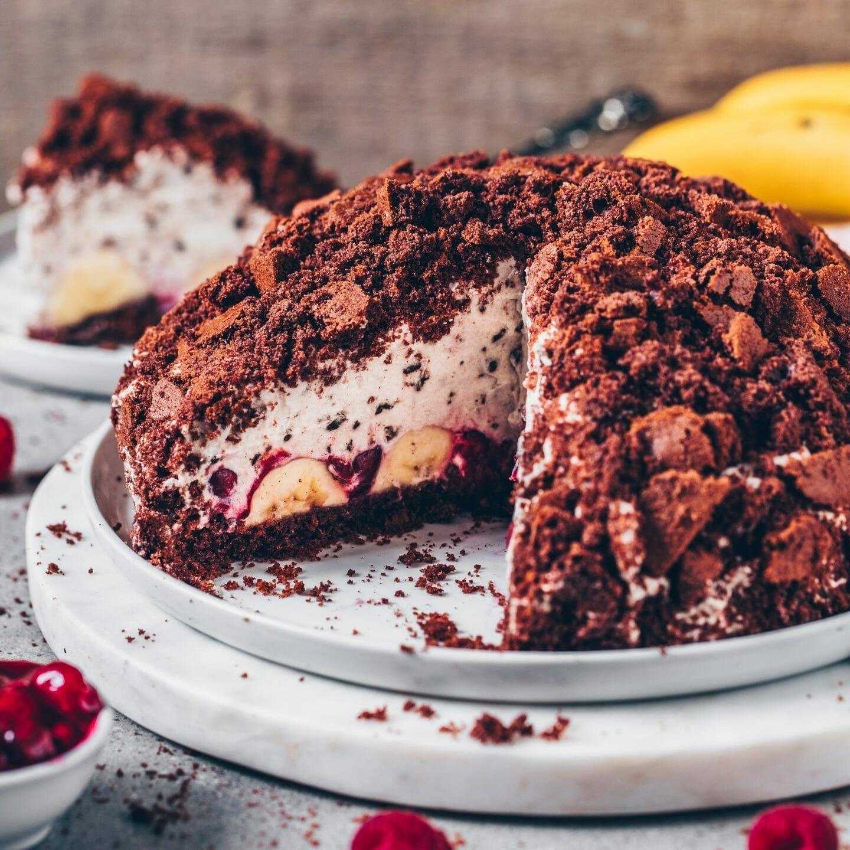 Maulwurfkuchen mit Banane und Kirschen (vegan) - Bianca Zapatka   Rezepte