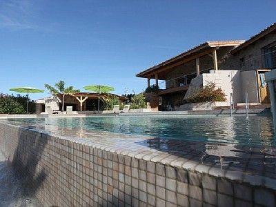Dans un site exceptionnel villa de 230 m2 avec piscine, pool house