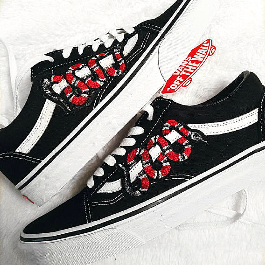 badbdfec95 LOW TOP Unisex Custom Snake Embroidered Patch Vans Old-Skool (Low Top)  Sneakers. sneakers outfit summer. After many requests I ve now added the  low-top ...
